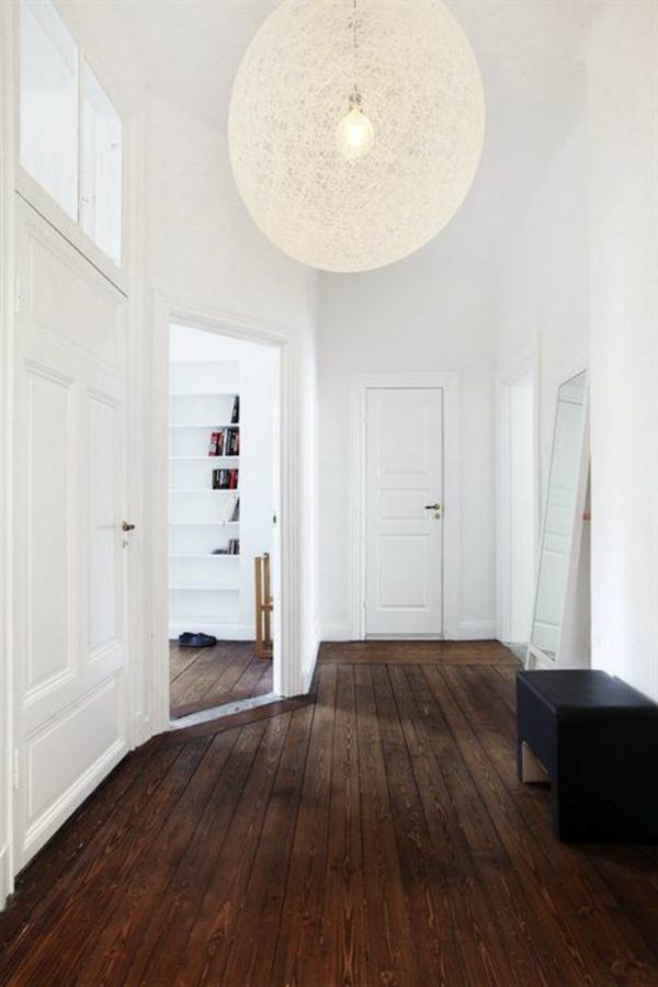 Wohnideen-für-Zuhause-Interior-mit-Holzboden-in-schöner-Farbe