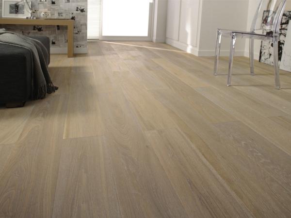 Wohnideen--für-Zuhause-Interior-mit-Holzboden
