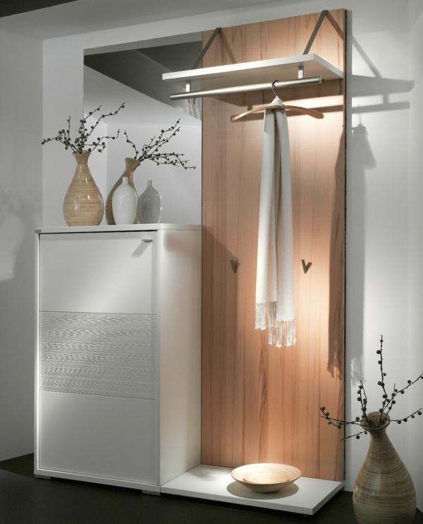 Wohnideen-für-das-Interior-Design-Flurmöbel-aus-Holz