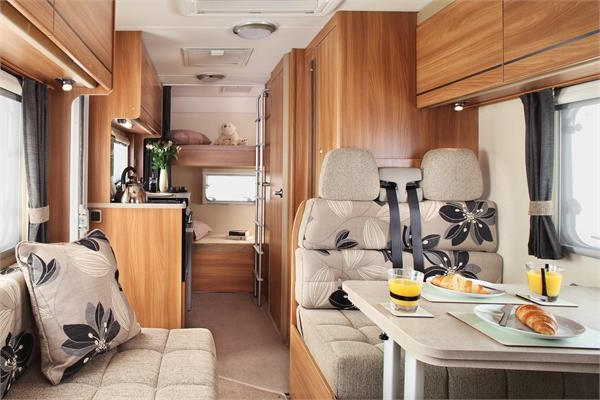 Wohnmobil-gebraucht-Wohnwagen-kaufen-Wohnwagen-Forum-Wohnmobil-mit-Luxus-Design-