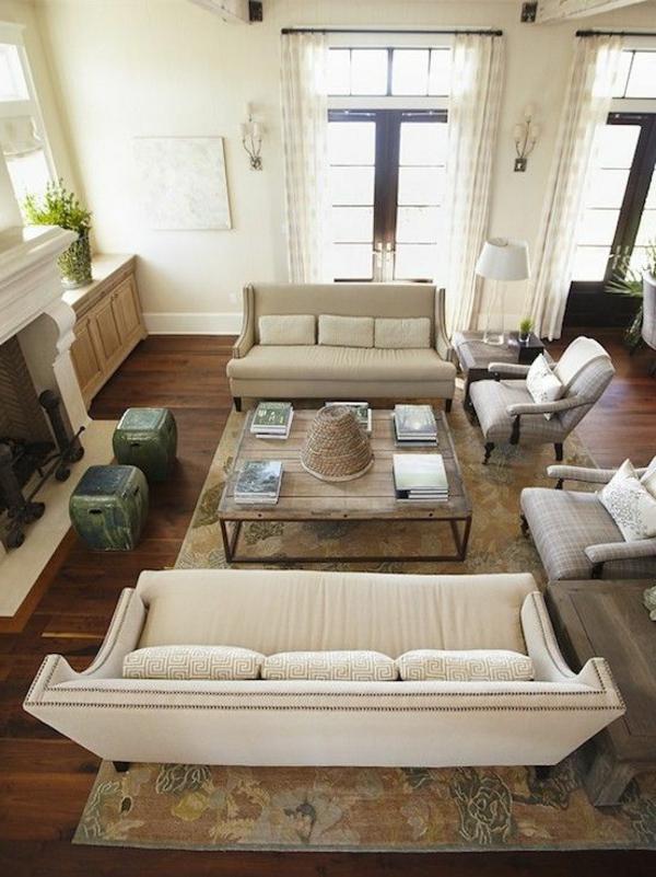 wohnzimmer einrichten - helles sofa und weißes sofa