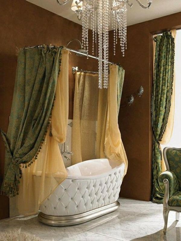 attraktiv-gestaltete-kleine-badewannen-freistehend