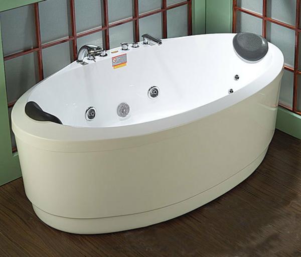 badewanne-mit-schürze-und-ovaler-form