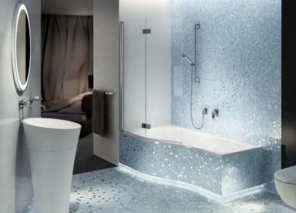 badewannen-mit-duschzone-interessanter-look-weiße-farbe
