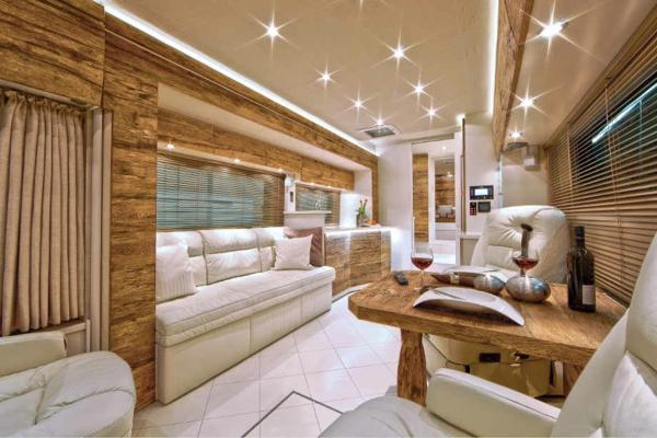 100 fantastische wohnmobile luxus auf r dern for Innenraumdesign studium