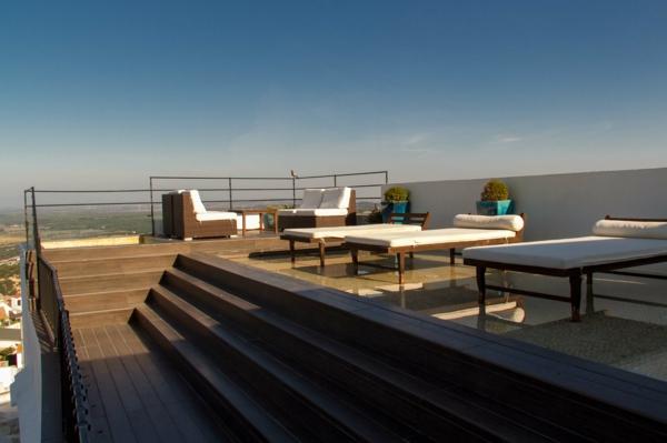 Dachterrasse-mit-fantastischer-Aussicht