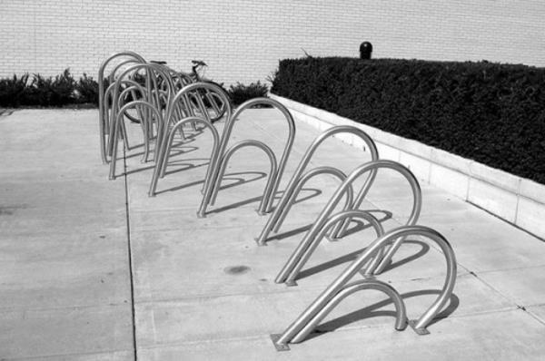 cooler-Fahrrad-Ständer-wie-Klammer