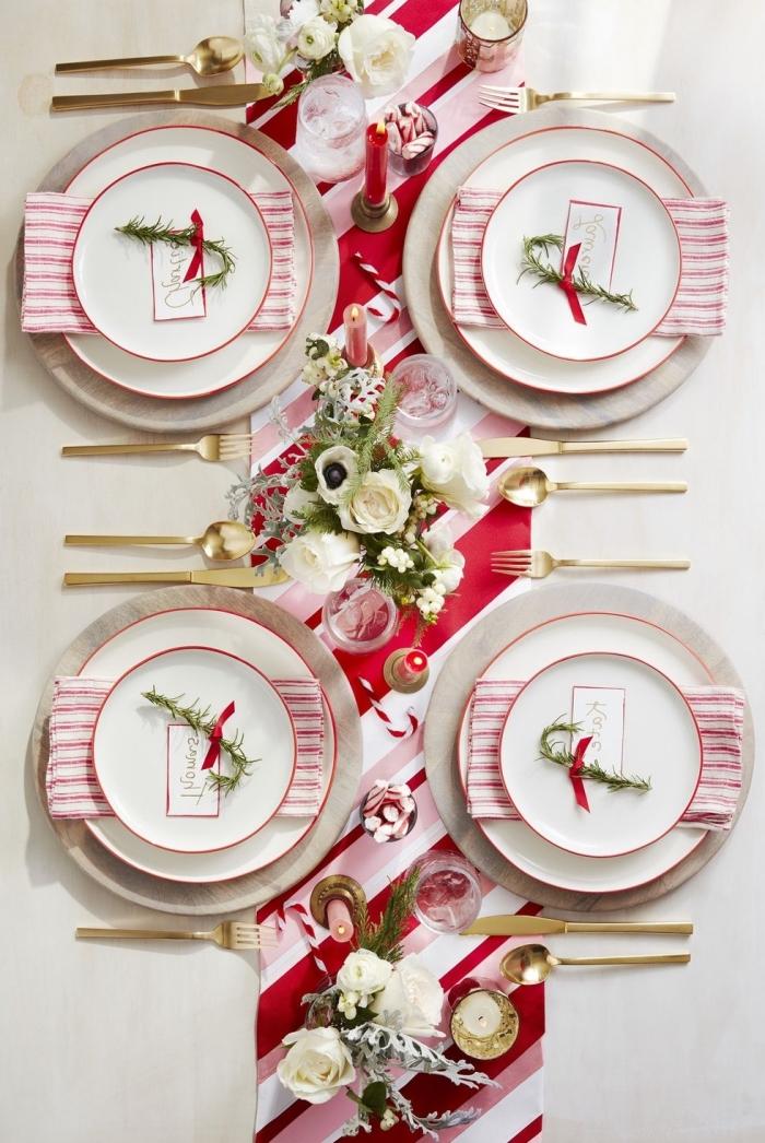 deko ideen wiehnachten, tischdekoration in rot und weiß, tischnamen ideen, tellerdeko