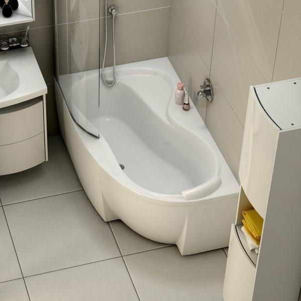 eckbadewanne-in-weißer-farbe - kleines bad schön gestalten