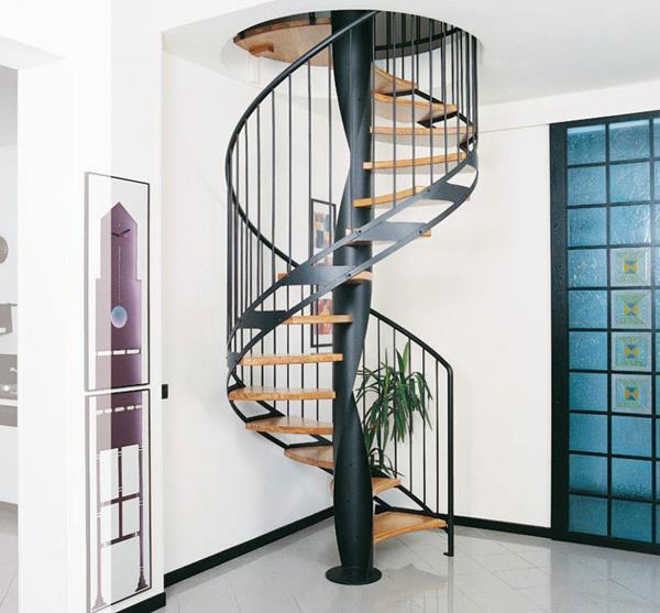 effektvolle-Ideen-für-das-moderne-Interior-Design-Innentreppe-Windeltreppe