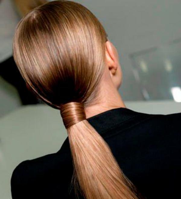 einfache-frisuren-eine-elegante-frau