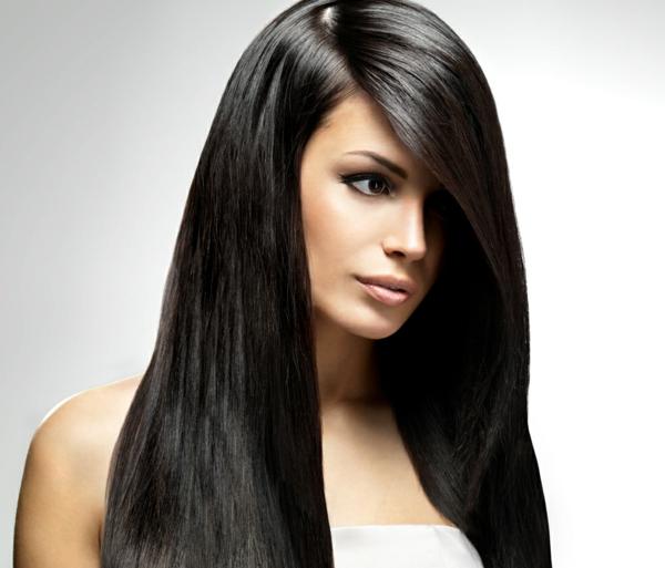 einfache-frisuren-für-lange-haare-braune-glatte-haare