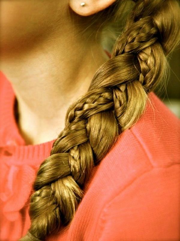 einfache-frisuren-für-lange-haare-ein-schöner-zopf
