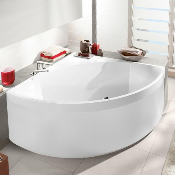 einmaliges-design-von-badewanne-mit-schürze