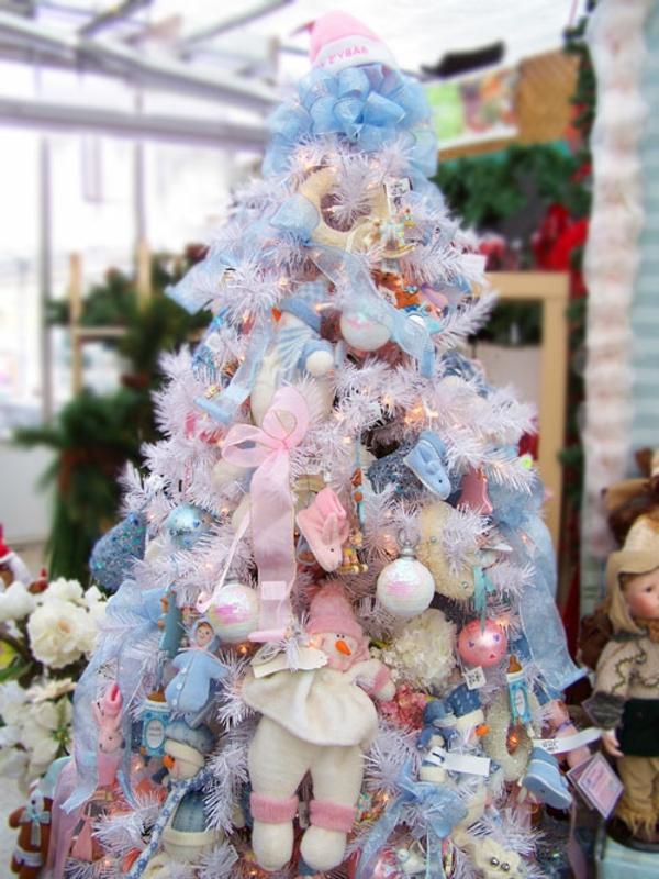 Weisse schleifen fur weihnachtsbaum