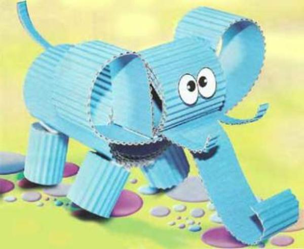bastelideen für kindergarten  - elefant in blauer farbe