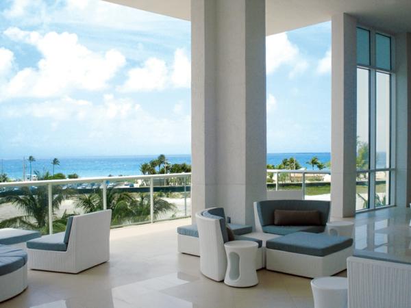 erstaunliche--exterior-Design-Ideen-für-die-tolle-Gestaltung-einer-Terrasse