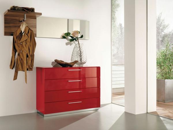 erstaunliches-Interior-Design-Ideen-Flurmöbel-in-Rot