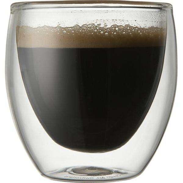 espresso tassen-super-design- hintergrund in weiß