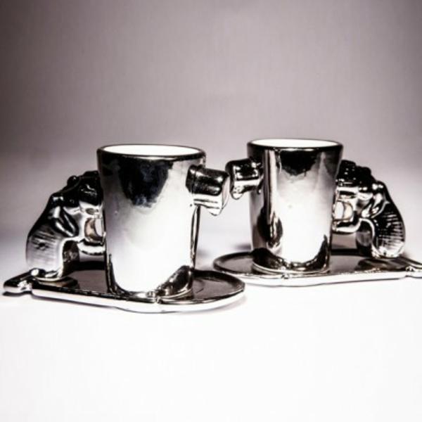 extravagante-espressotassen-cooles-modell - grauer hintergrund