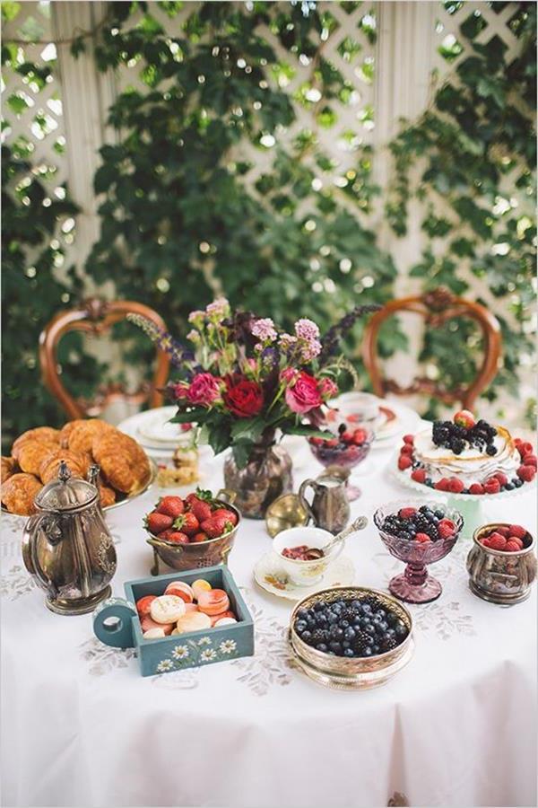 fantastische-Dekoideen-Hochzeitsdekoration-Hochzeitsdeko-Tisch--