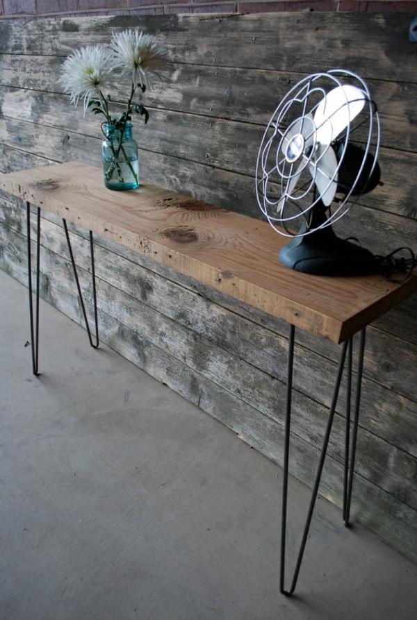 fantastische-Sitzbank-aus-Holz-für-einen-tollen-Flur