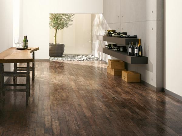 Dunkle Farbe Boden : Moderner Laminatboden – 130 schöne Beispiele!