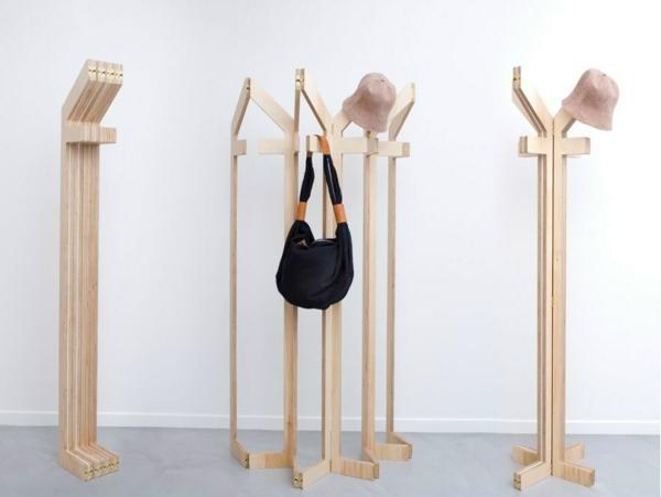 flexibler-hölzerner-Garderobenständer-mit-modernem-Design-Wohnidee-Kleiderständer aus Holz