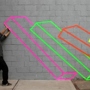 Die fluoreszierende Farbe als Straßenkunst !