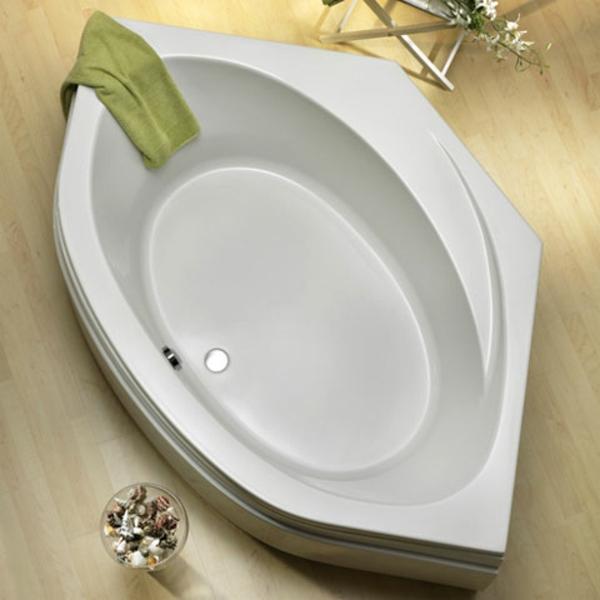 foto-von-oben-gemacht-badewanne-mit-schürze
