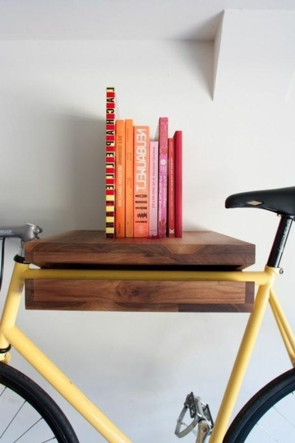 funktioneller-Fahrradständer-aus-Holz-effektvolle-Lösung-für-die-Aufbewahrung-des-Fahrrads