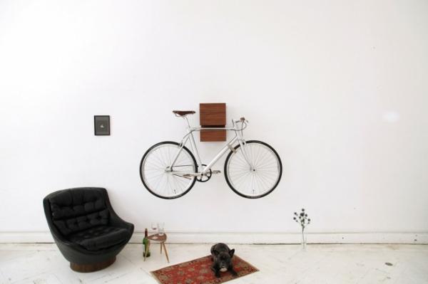 ganz-moderne-Aufbewahrungeideen-für-Fahrräder-aus-Holz