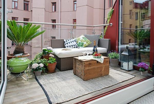 Metall Terrassenmöbel Tischplatte aus Holz mit Obstschale