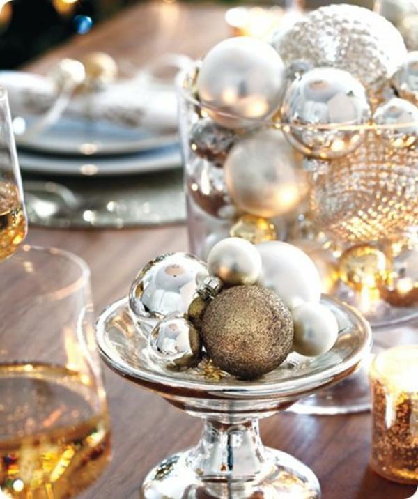 glänzende-Tischdeko-Weihnachten-Weihnachtsideen-Tischdeko-Ideen-