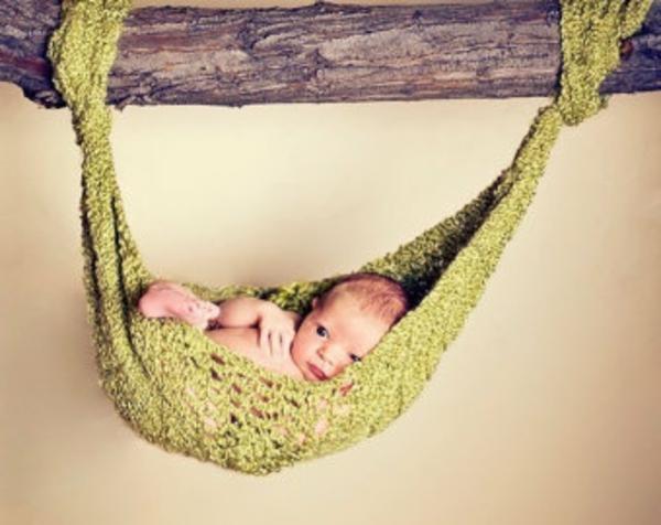 grünes-cooles-modell-baby-hängematte