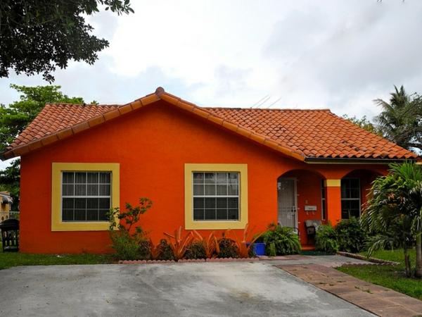 orange farbe für hausfassade - sehr schön gestaltet