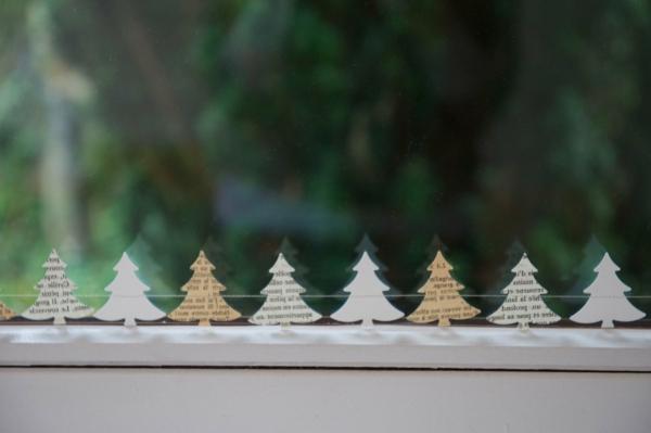 interessante-fensterdeko-zu-weihnachten-tannenbäume