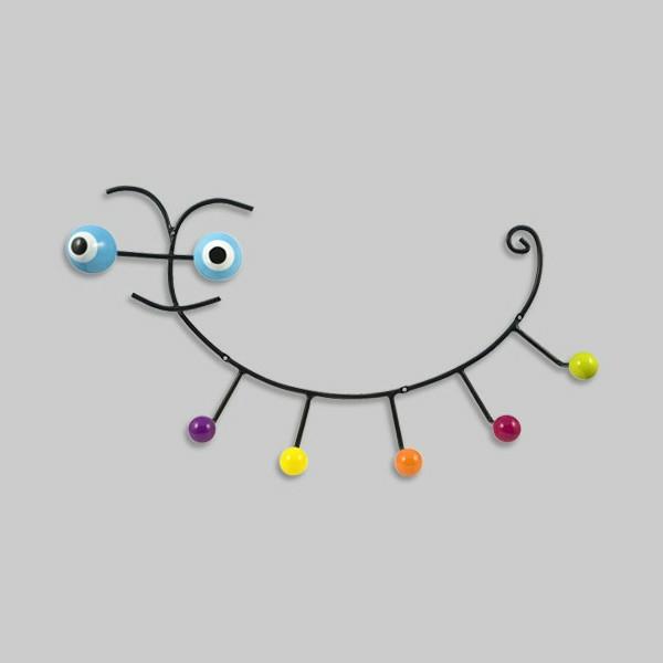 kleiderhaken-caterpillar-tolles-design-kinderzimmer