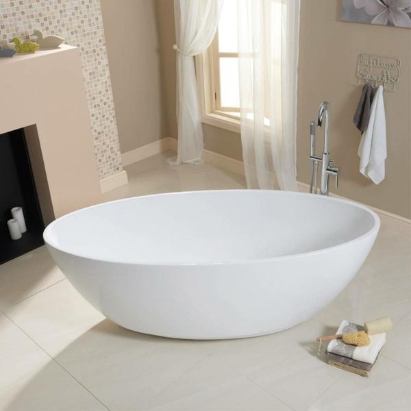 kleine-badewannen-freistehend-interessante-schöne-form