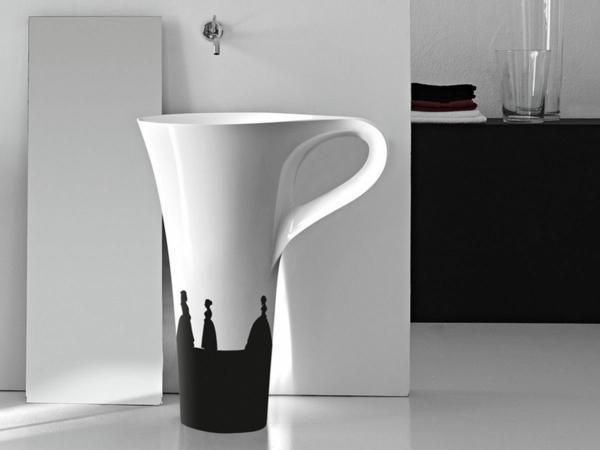 kleine-badewannen-freistehend-wie-eine-gigantische-kaffeetasse-aussehen