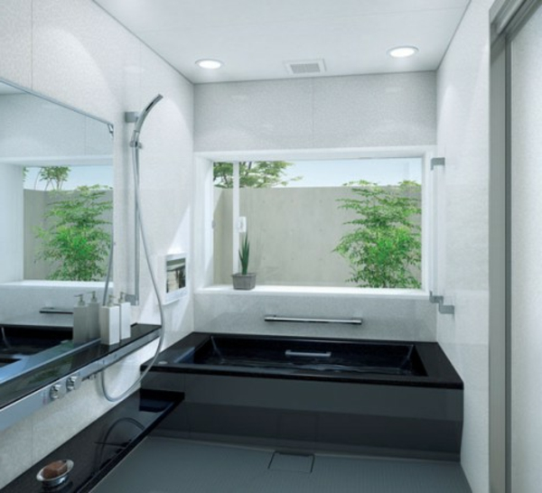 kleine-eingebaute-badewanne-in-schwarz