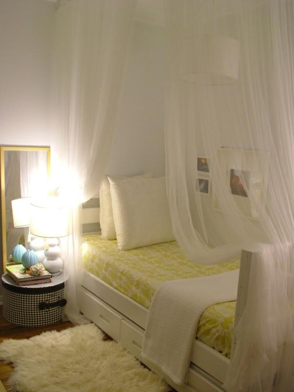 kleines-schlafzimmer-einrichten-weiße-farbe