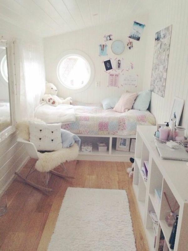 kleines-schlafzimmer-einrichten-weiße-gestaltung