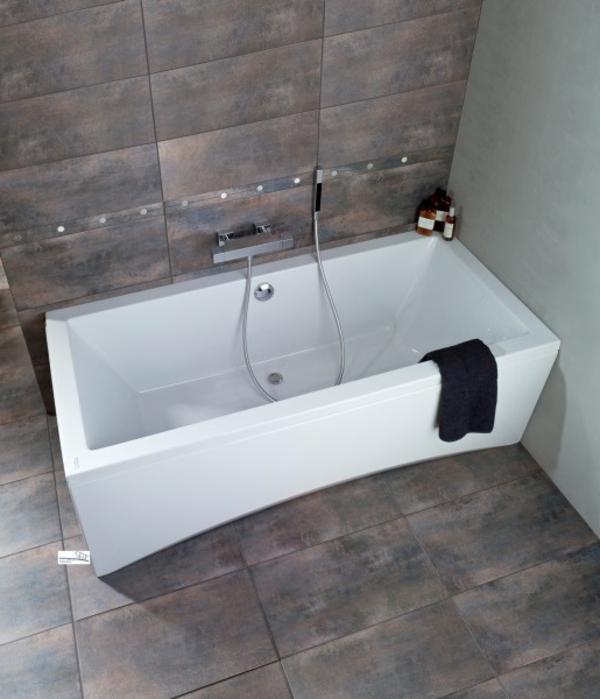 modernе-badewannen-mit-schürze - sehr attraktives design