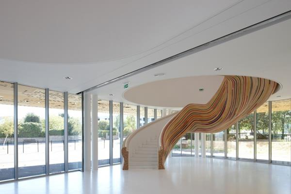 -moderne-Treppen-mit-außerordentlichem-Design-Interior-Ideen-