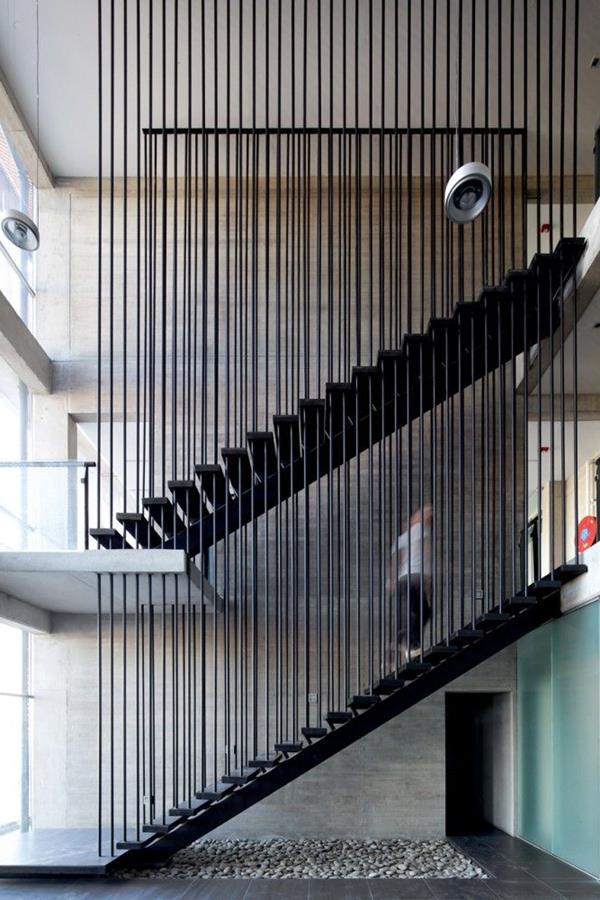 Moderne Treppen Ideen verschiedene Modelle und Farben
