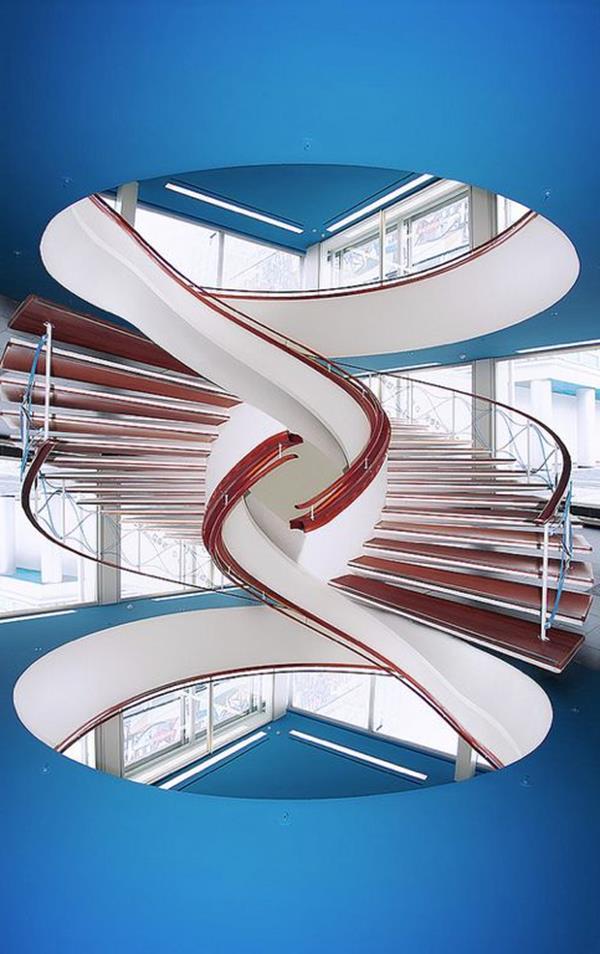 moderne-Windeltreppe-mit-ultra-modernem-Design