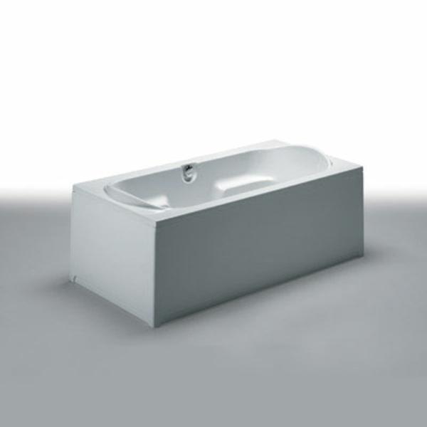 moderne-attraktive-badewanne-mit-schürze