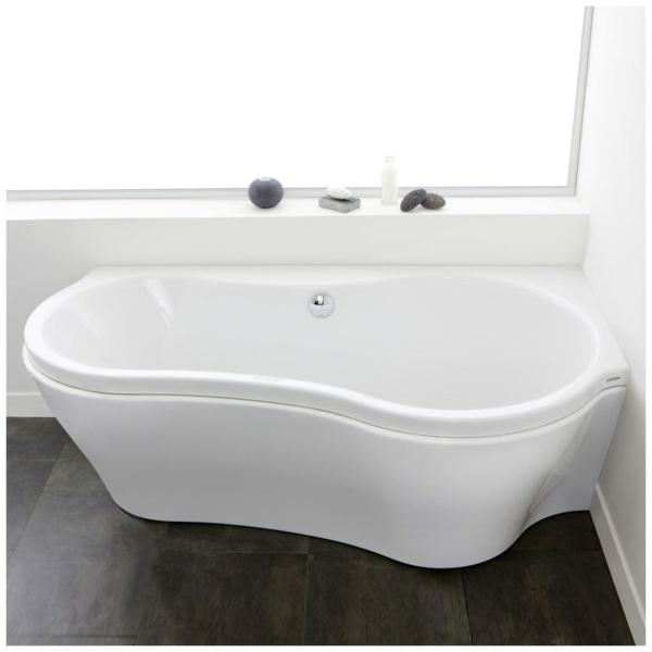 moderne-badewanne-mit-schürze-mit-eleganter-form