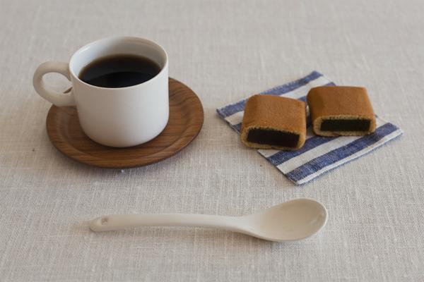 moderne-und-einfache-espressotasse